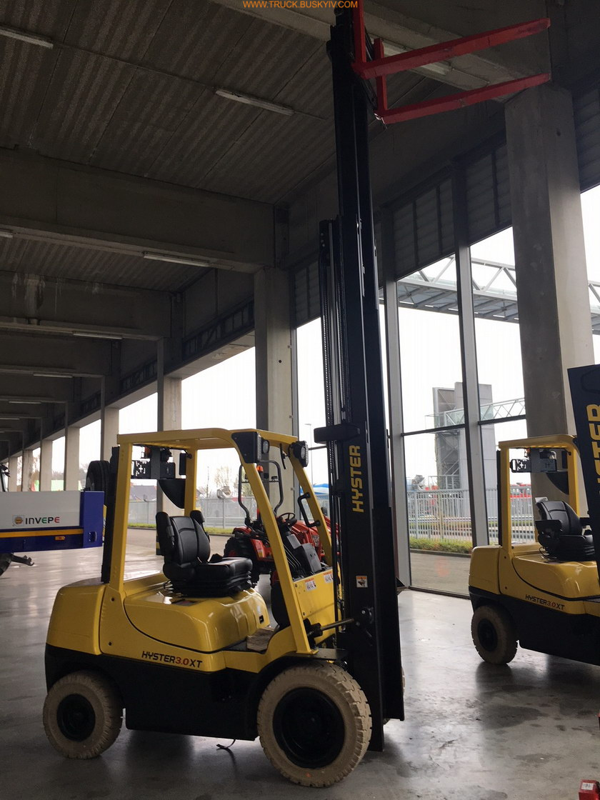 2018_hyster30_1