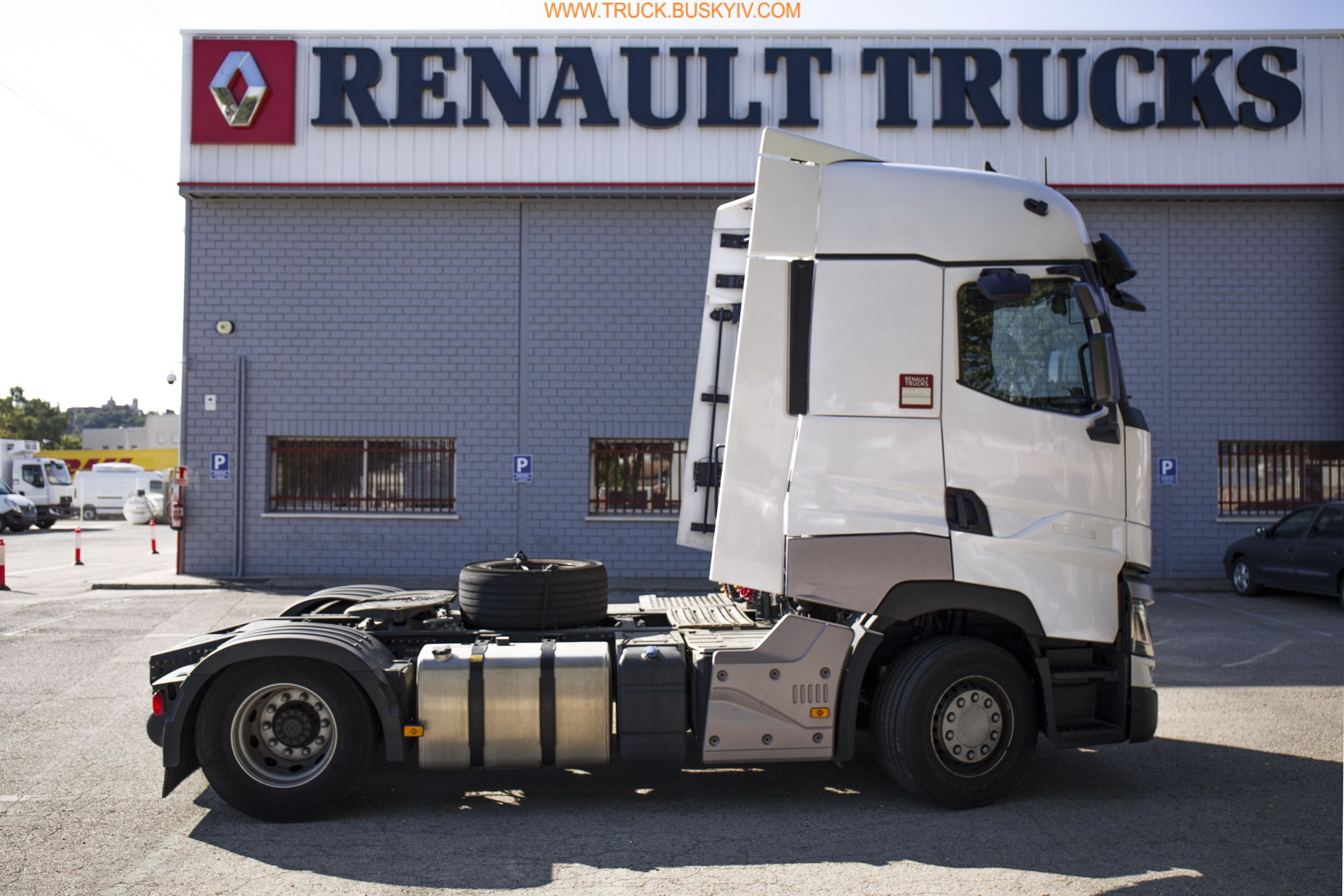 2016_renault_t520_2