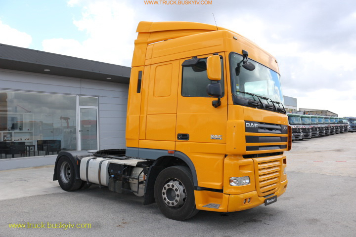 2010_daf_fx105_460yellow_1