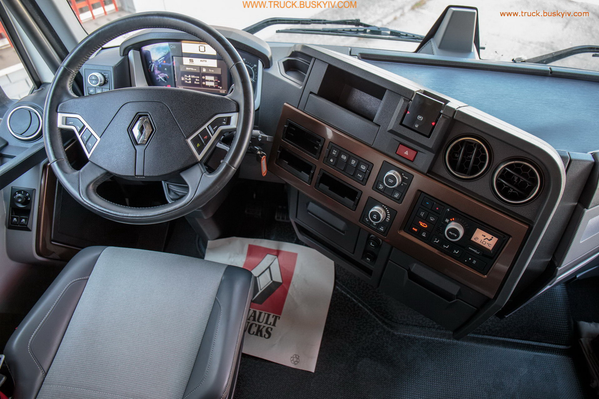 2014_renault_t520_wh_12