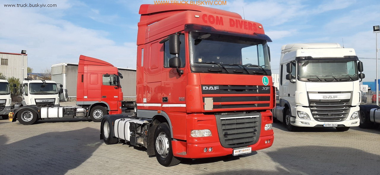 2011_daf_xf105_410_red_1