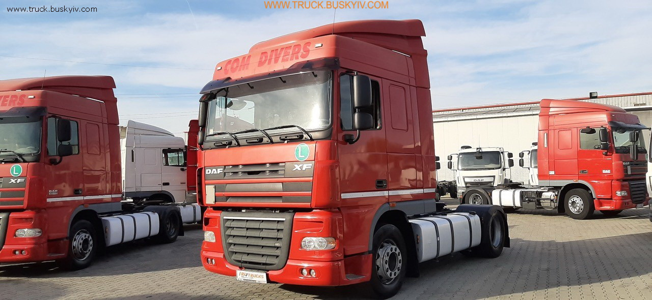 2011_daf_xf105_410_red_3